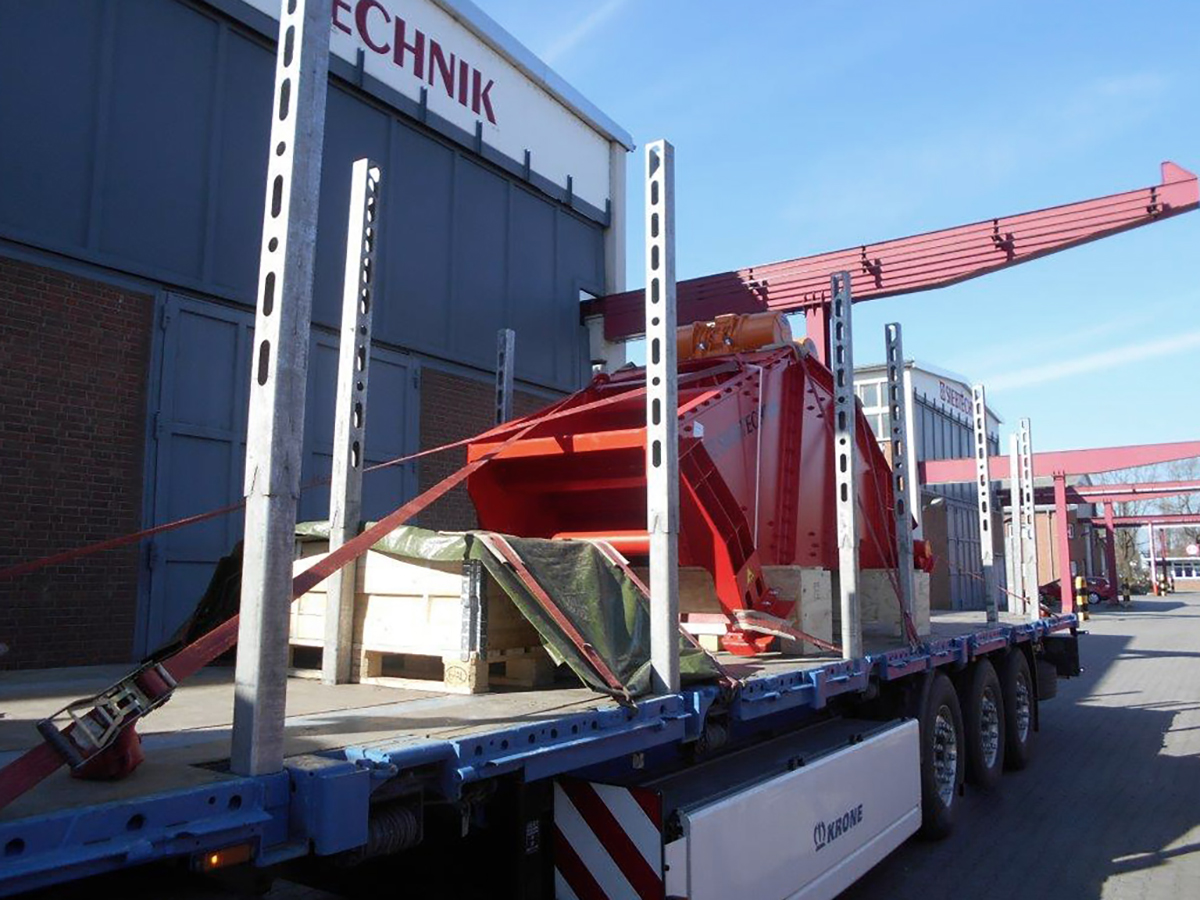 Linear-motion screening machine HR 14-40-I FR transport